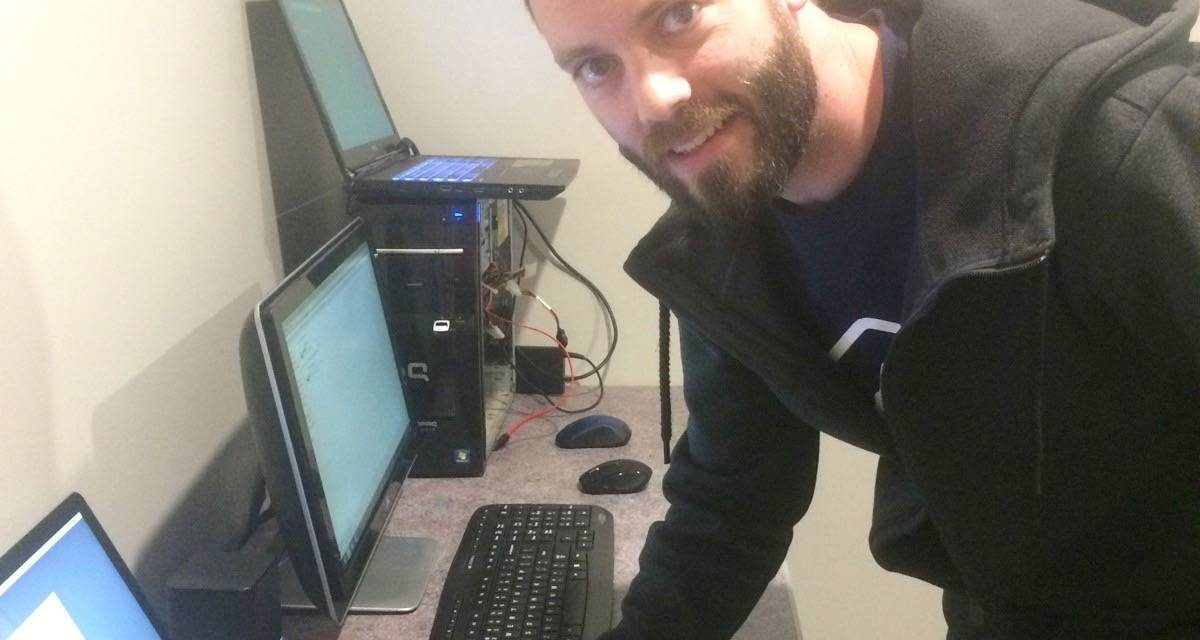 """Fixing """"weird problems"""" and retrieving long lost files at new Valley business"""