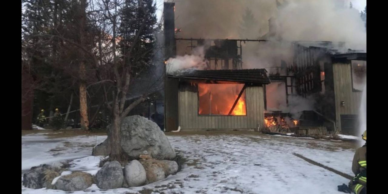 Fire claims Fairmont home