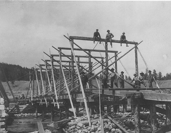 Bridging the gap across Toby Creek