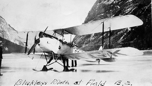 Old plane in photo identified
