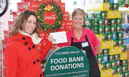 Christmas Star shopping spree winner gives back
