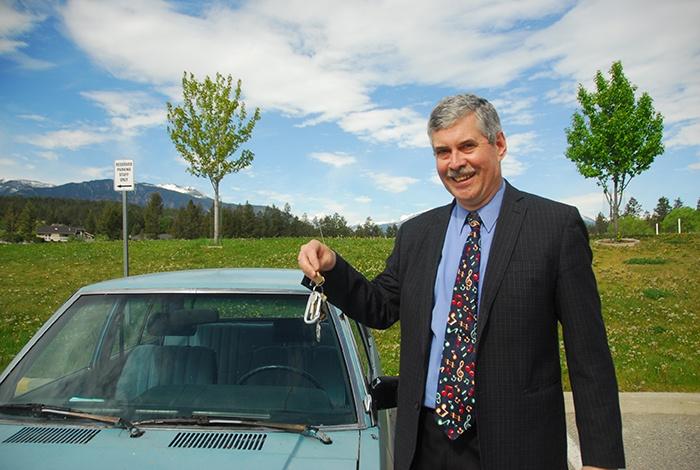 "Retiring music teacher to give away ""vintage"" car"
