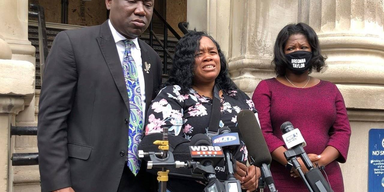Grand jury indicts police officer in Breonna Taylor death