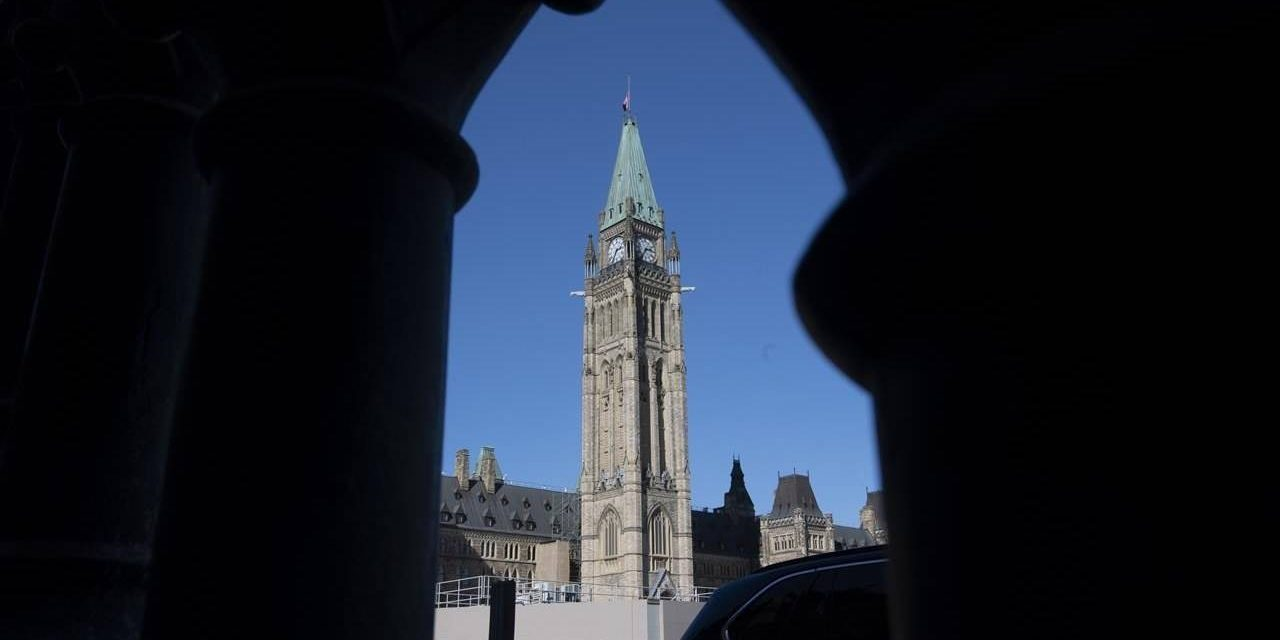 Financial aid for workers hurt by COVID-19 gets unanimous support in Commons