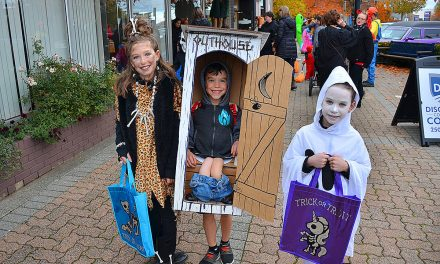 Top 10 timely Halloween costumes: From Baby Yoda to Black Panther to '2020 Dumpster Fire'