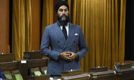Liberals survive throne speech confidence vote, with support of NDP