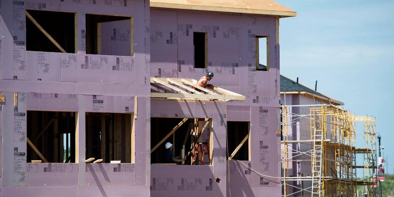 Canadian homebuilding remains strong despite 20% drop in September, say economists