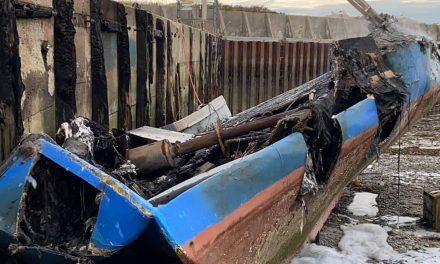 Nova Scotia calls on Ottawa to define a 'moderate livelihood,' as fishing dispute boils over