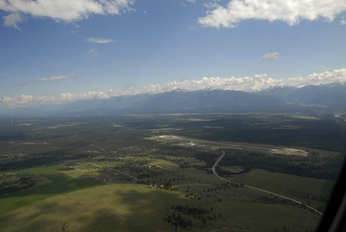Feds deliver funding for Canadian Rockies International Airport