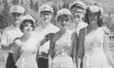 Beach beauties, 1960