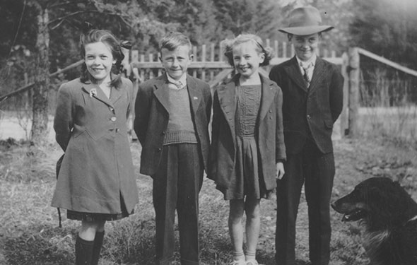 Dressed in their Sunday best, 1940s