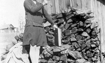 Lady lumberjack