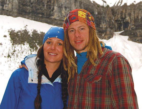 Kristen and Darren persevering through Amazing Race Canada