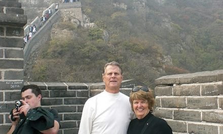 Diane and Lorne Kochorek at the Great Wall of China
