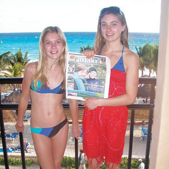 Ashley and Katrina DuBois at Playa del Carmen, Mexico