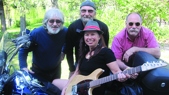 Smokin' Ray and the Detectors return to valley