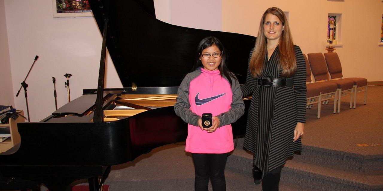Fairmont Hot Springs girl awarded gold in music
