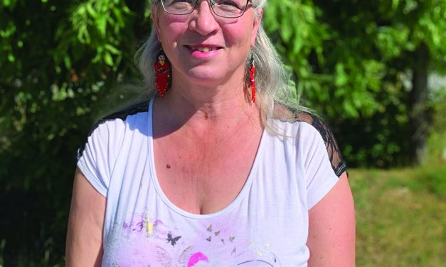 Métis elder encourages holiday discourse
